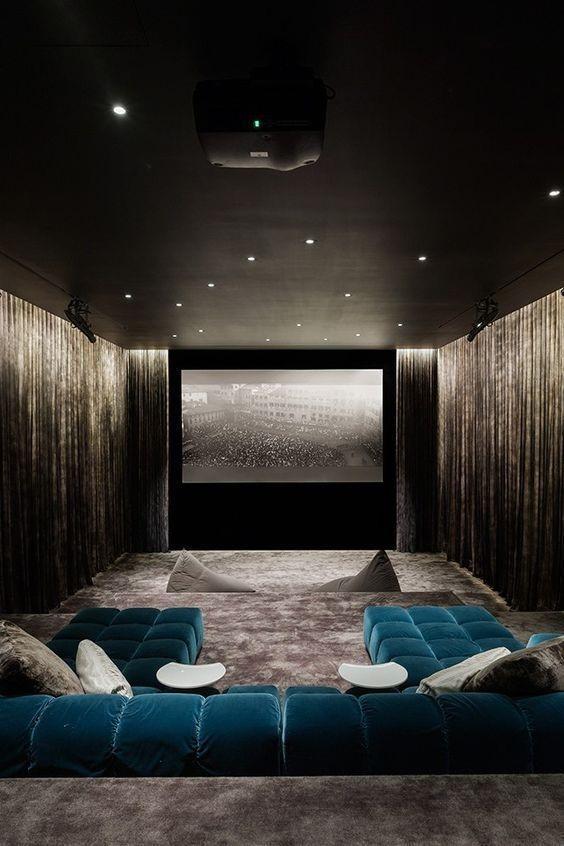 El salón de cine y televisión